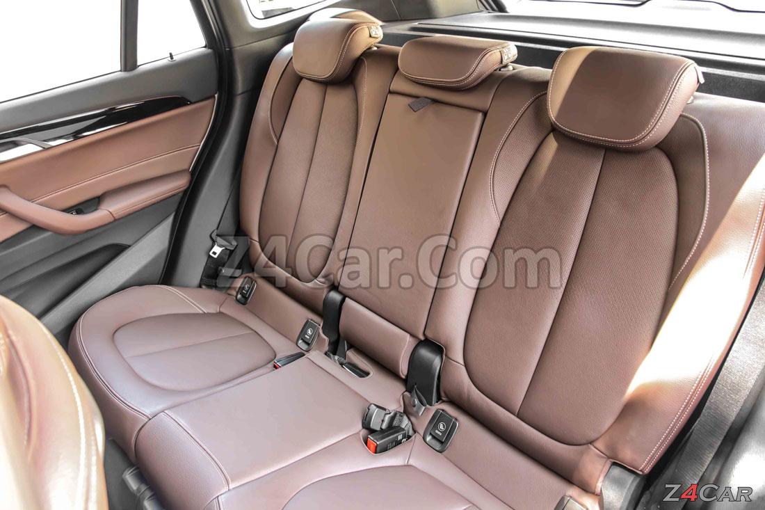 صندلی های عقب بی ام و x1 2.5 مدل 2017