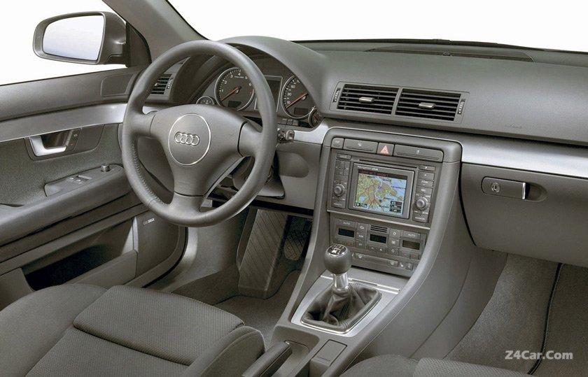 آئودی A4 مدل 2001-2004