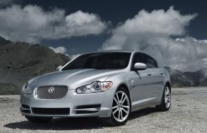 جگوار XF مدل 2010-2011