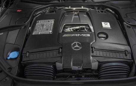 خداحافظی مرسدس – آامگ با موتورهای دوازده سیلندر خورجینی