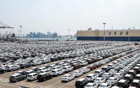 همه خودروهای وارداتی سال ۱۳۹۶ مجوز ثبت سفارش معتبر دارند