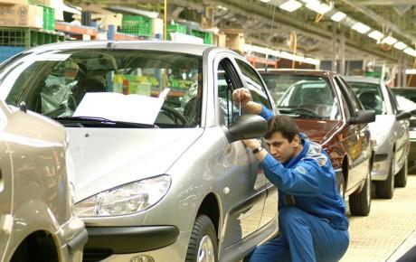 صنعت خودروی ایران سودده نیست