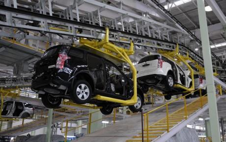 هدف گذاری برای بهبود کیفیت محصولات ایران خودرو در سال ۹۷