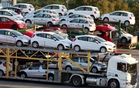 افزایش حداقل قیمت خودروهای وارداتی به بالای ۲۰۰ میلیون تومان
