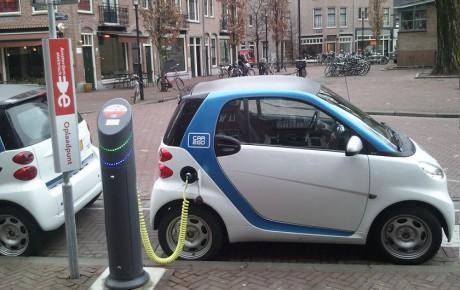 جای خالی خودروهای الکتریکی در صنعت خودروی ایران