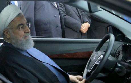 ادامه همکاری خودروسازان فرانسوی با ایران منوط به تسهیل همکاریهای بانکی است