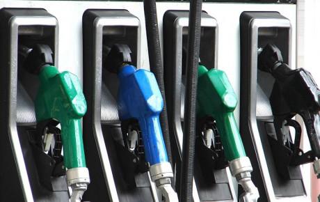 طرح پیشنهادی گران شدن بنزین در برابر کاهش تعرفه واردات خودرو