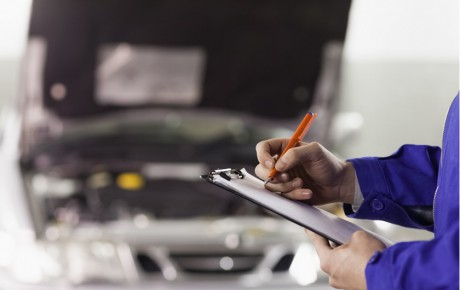 ۱۰ اشتباه رایجی که مالکان خودرو مرتکب میشوند