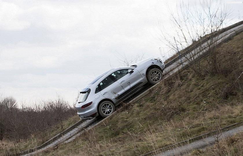 فروش خودروهای پورشه در اروپا هم اکنون به حالت تعلیق درآمد