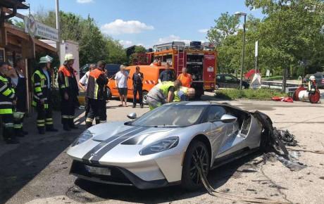 آتش سوزی فورد GT مدل ۲۰۱۷ صفر کیلومتر!