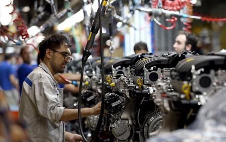 افزایش قیمت خودرو به نفع قطعه سازان نیست