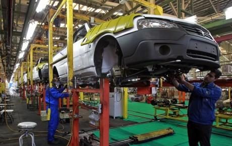 فاز دوم توقف خطوط تولید خودروها در راه است