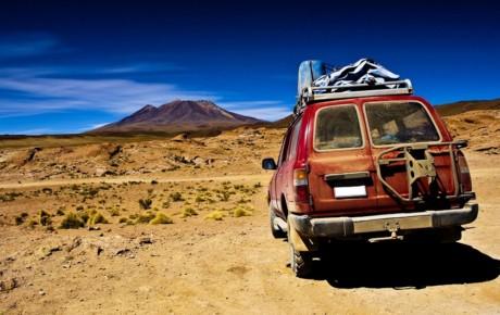 ۱۰ ابزار ضروری خودرو در سفرهای طولانی