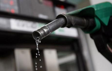 کاهش واردات بنزین