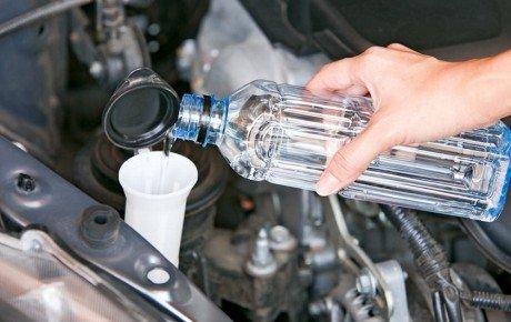 چگونه مایع شیشه شوی برای خودروی خود بسازیم؟