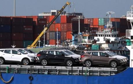 بررسی واردات خودرو در دوره های مختلف
