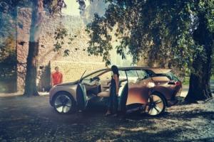 بی ام و ویژن BMW vision iNext رونمایی شد