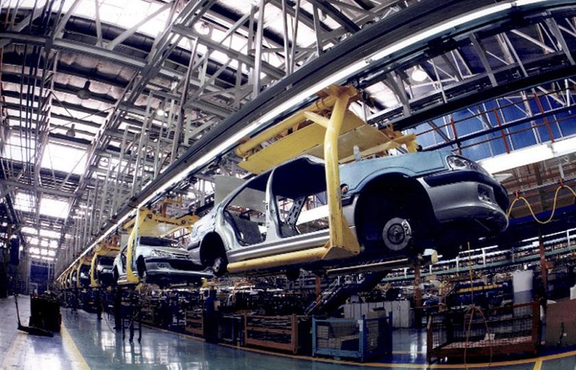 خودروسازان از قطعه سازان سوء استفاده میکنند