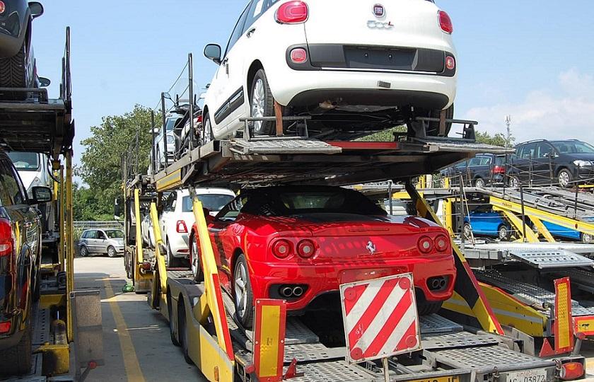 واردات خودرو 30 درصد از افزایش قیمت بازار را کاهش می دهد