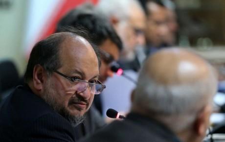 وزیر صنعت استعفا داد!