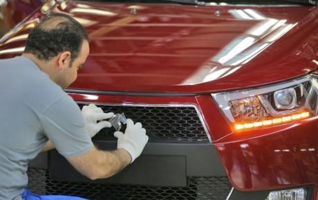 گزارش لحظهای از نخستین ساعات پیش فروش ایران خودرو