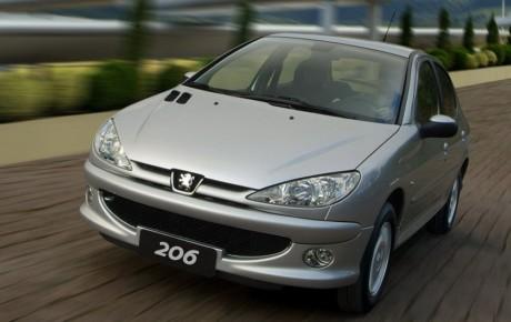 قیمت خودرو به تبعیت از رشد نرخ ارز صعودی شد
