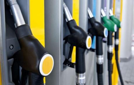 با تحریم ایران بنزین در آمریکا ۶۰ درصد گران شد
