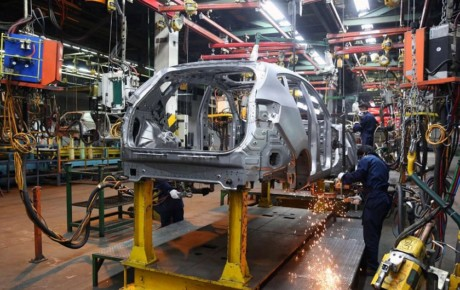 بازار خودروهای داخلی از حالت پیش بینی خارج شده است