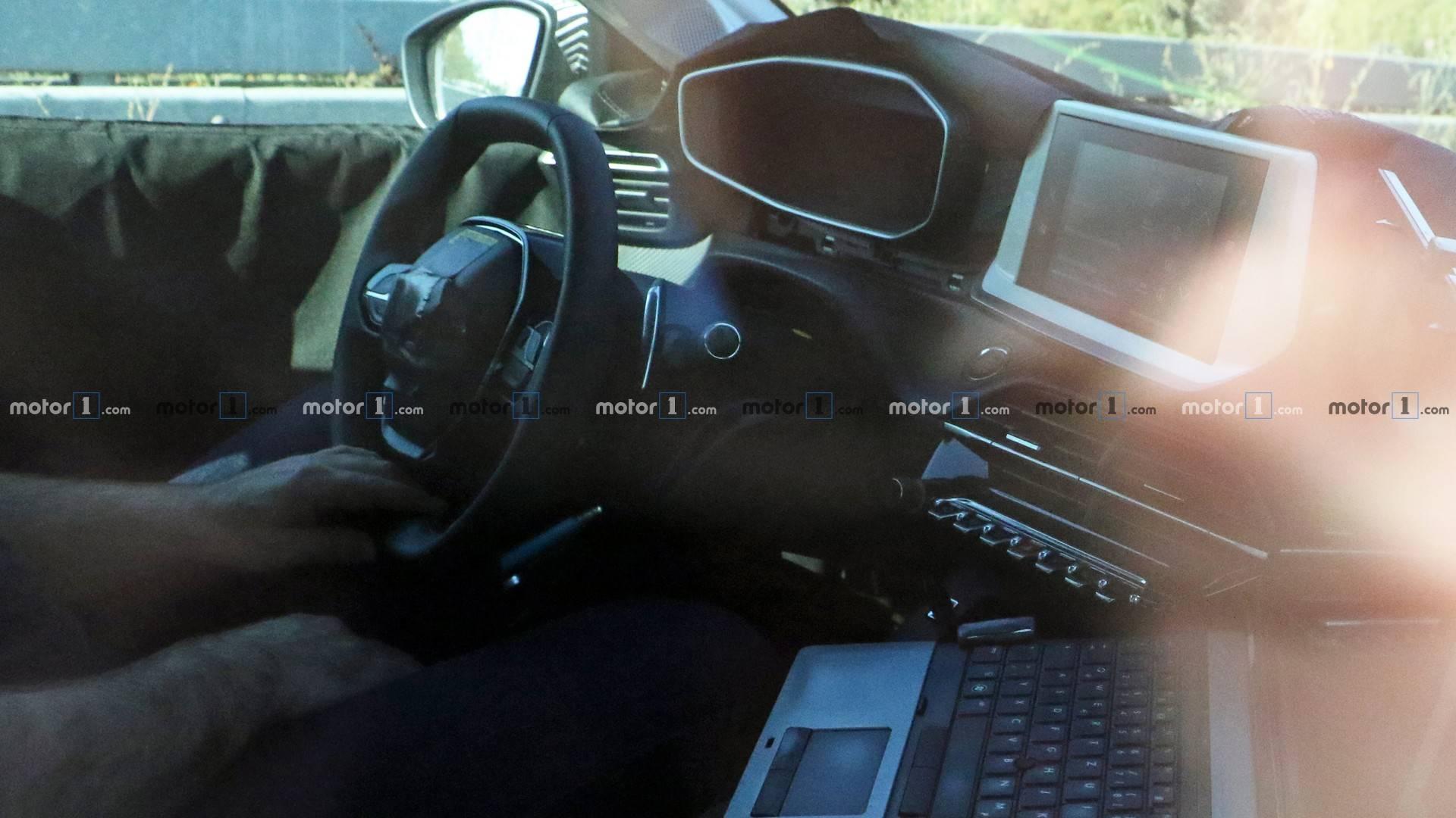 شکار تصاویر جاسوسی نسل جدید پژو 208