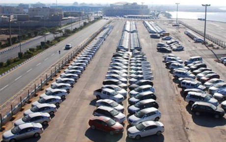 حباب قیمتی خودروها رو به کاهش است