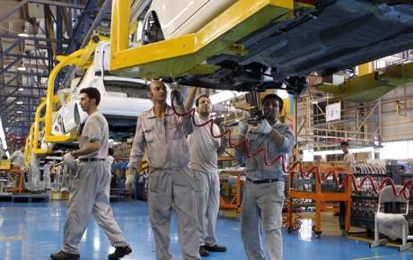 خودروسازان نیازمند یک میلیارد دلار اعتبار هستند