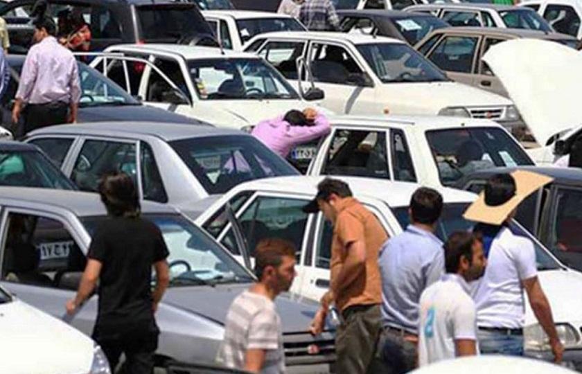 افزایش تمایل به فروش خودرو با کاهش نرخ دلار