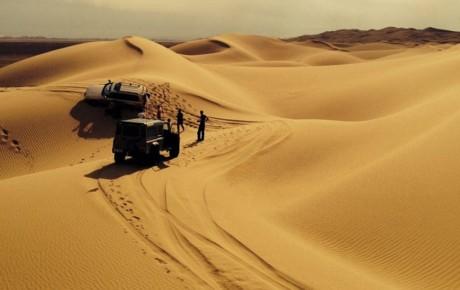 خودروهای آفرودی در تخریب کویرهای اصفهان تأثیر دارد