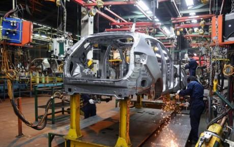 زیرساختهای خودروسازی و استانداردهای آلایندگی به طور کامل انجام نشده است
