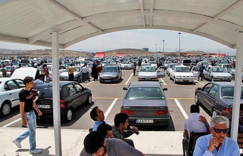 با سکوت وزیر صنعت بازار خودرو کاملاً در بلاتکلیفی به سر میبرد