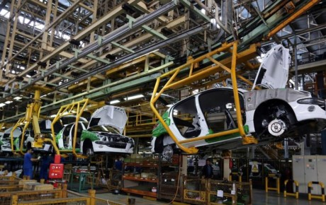 قیمت خودرو افزایش نسبی خواهد داشت