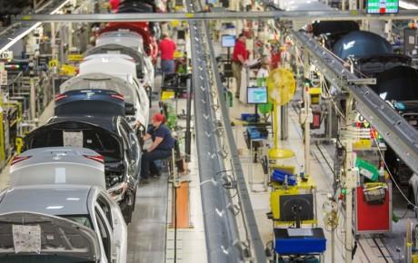 تویوتا از هیدروژن برای آلایندگی کمتر کارخانهها استفاده میکند