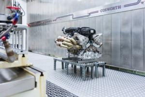 رونمایی از موتور دوازده سیلندر خورجینی والکایری + تصاویر