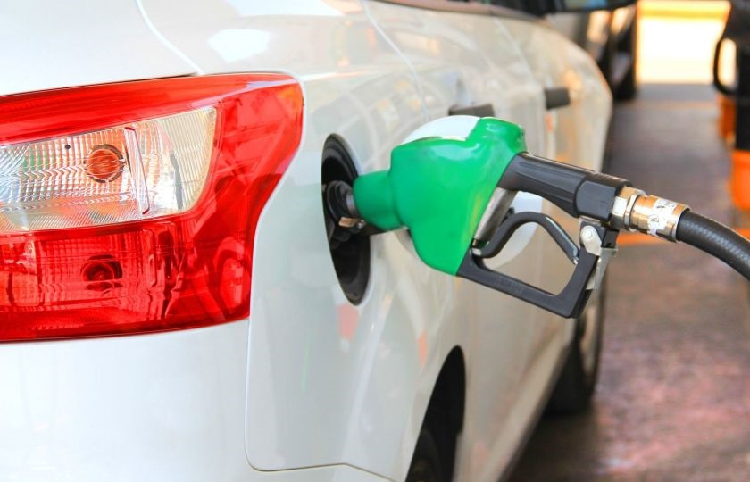 تصمیمی برای سهمیه بندی یا تغییر قیمت بنزین گرفته نشده است