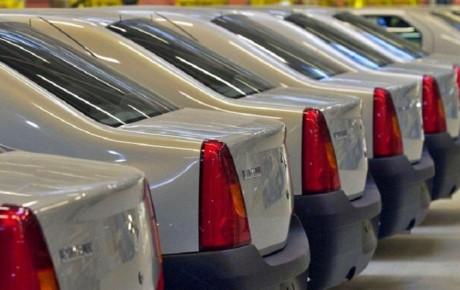 بازار خودرو منتظر قیمت گذاری قطعی است