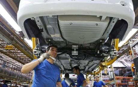 پیش فروش محصولات ایران خودرو همچنان ادامه خواهد داشت