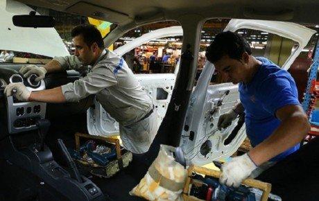 قیمت قطعات خودرو باید همسو با قیمتهای مواد اولیه حرکت کند