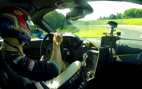 یک دور کامل پیست نوربورگ رینگ با مک لارن ۷۲۰ اس + ویدیو