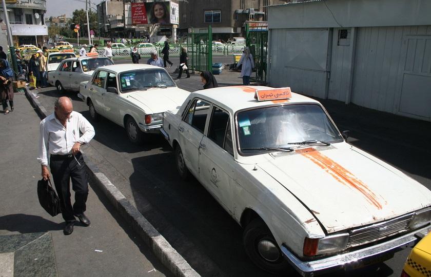 وزارت صنعت باید به موضوع نوسازی تاکسیها ورود کند