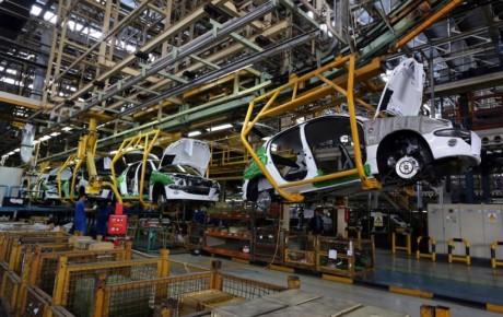 تدوین دستورالعمل قیمتگذاری خودرو با ارز مبادلهای