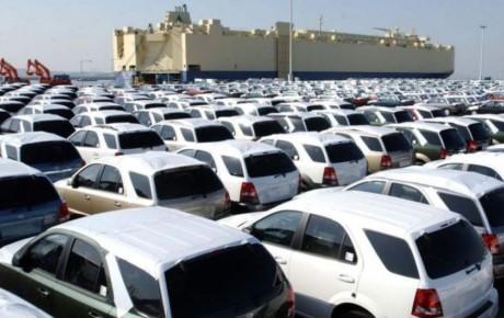 ترخیص خودروهای وارداتی تا شب عید