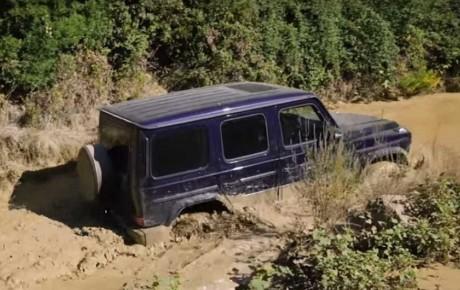 آموزش آفرود و رانندگی در آب توسط مرسدس بنز + ویدیو