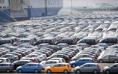 بخش زیادی از خودروهای وارداتی تعیین تکلیف نشده است