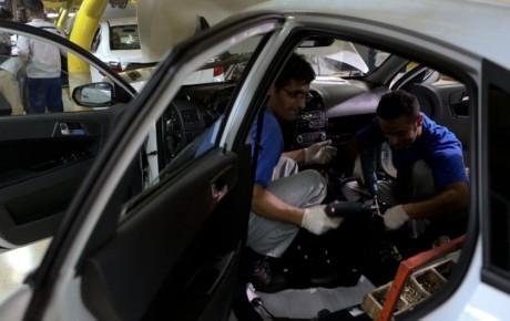 آزادسازی قیمت هم مانع از رشد قیمتی خودرو در بازار نشد
