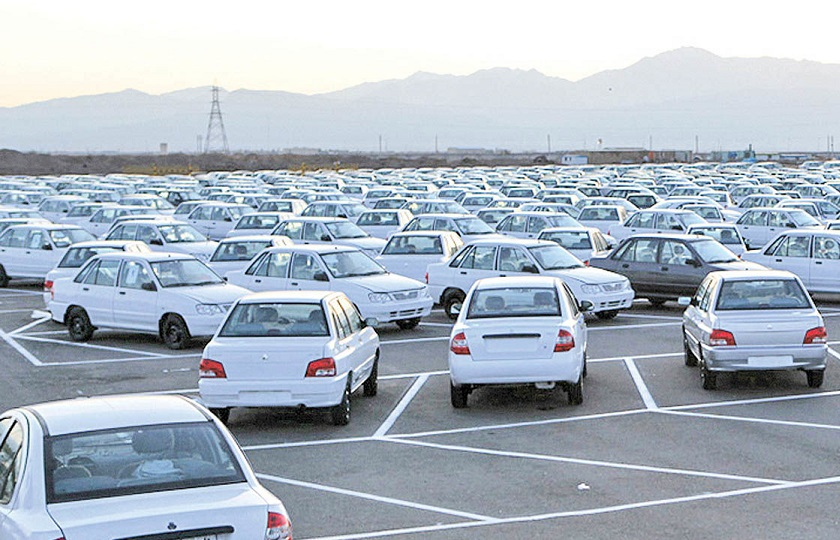 چرا بازار خودرو باز هم میزبان سرمایههای سرگردان شد؟